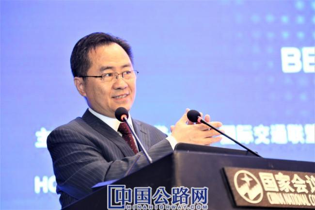 图9:中国科协国际联络部副部长张森.jpg