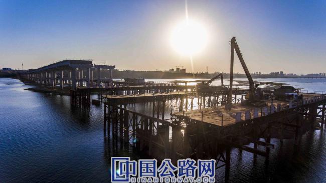 王安石特大桥施工0.jpg