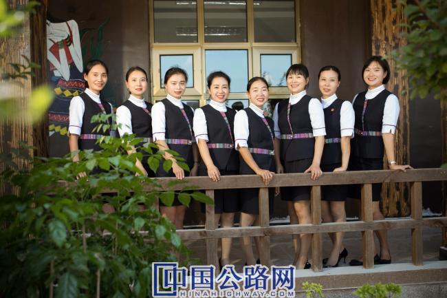 56重庆-濯水土家服务队  (2).jpg
