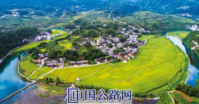 """5年1268亿元投向县乡!贵州""""四好农村公路""""挺向高质量"""