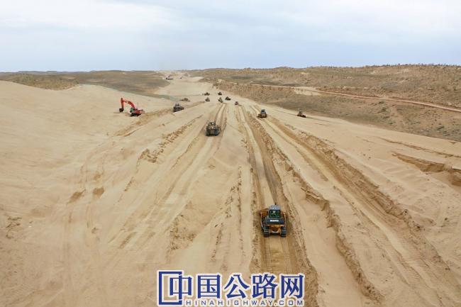 大漠施工前期 (1).jpg